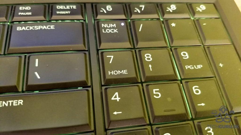 Alienware 17 R4 funkčné klávesy