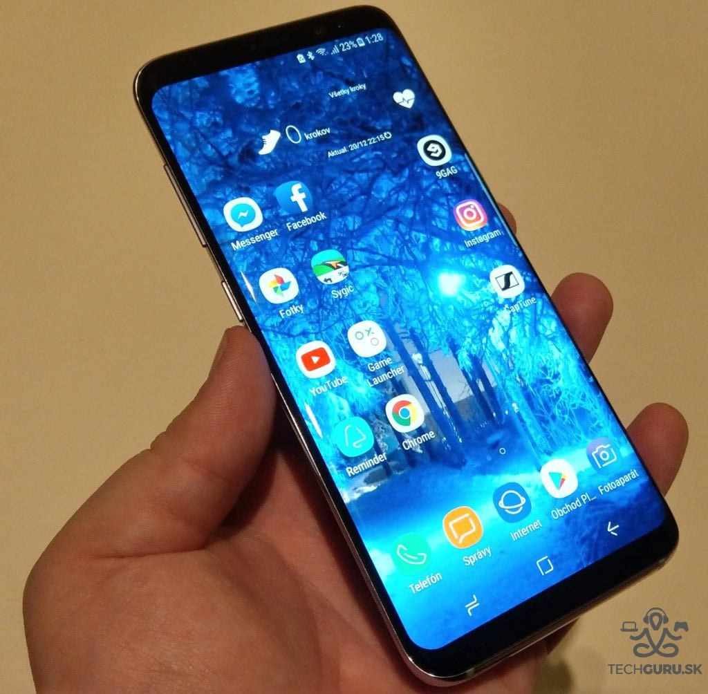 Samsung Galaxy S8 celkový pohľad