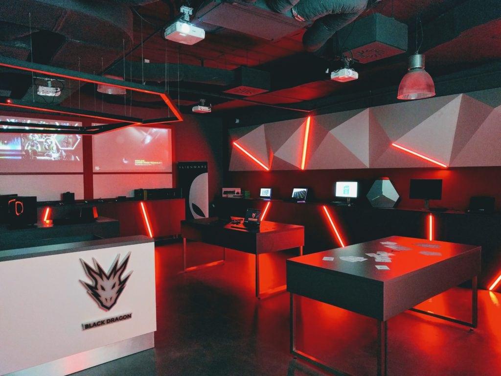 Black Dragon showroom 01