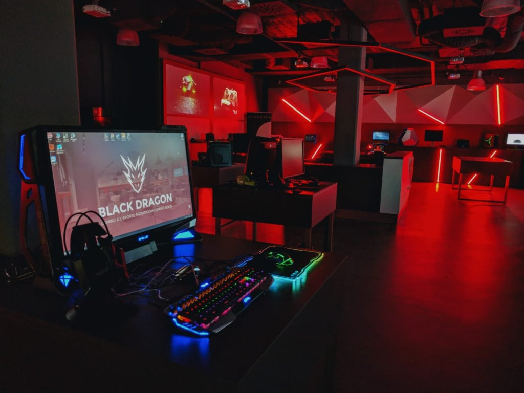 Black Dragon showroom 03