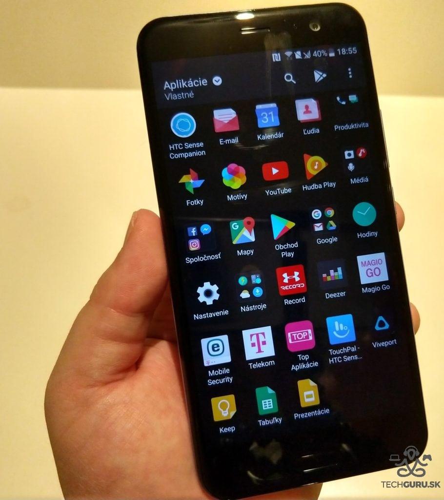 HTC U11 celkový pohľad