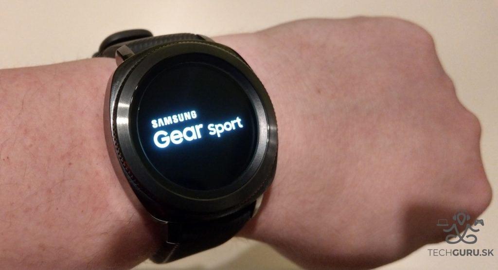 Samsung Gear Sport celkový pohľad