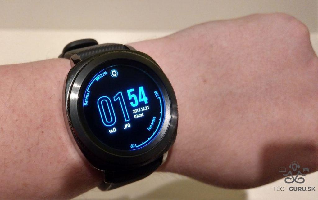 Samsung Gear Sport celkový pohľad 02