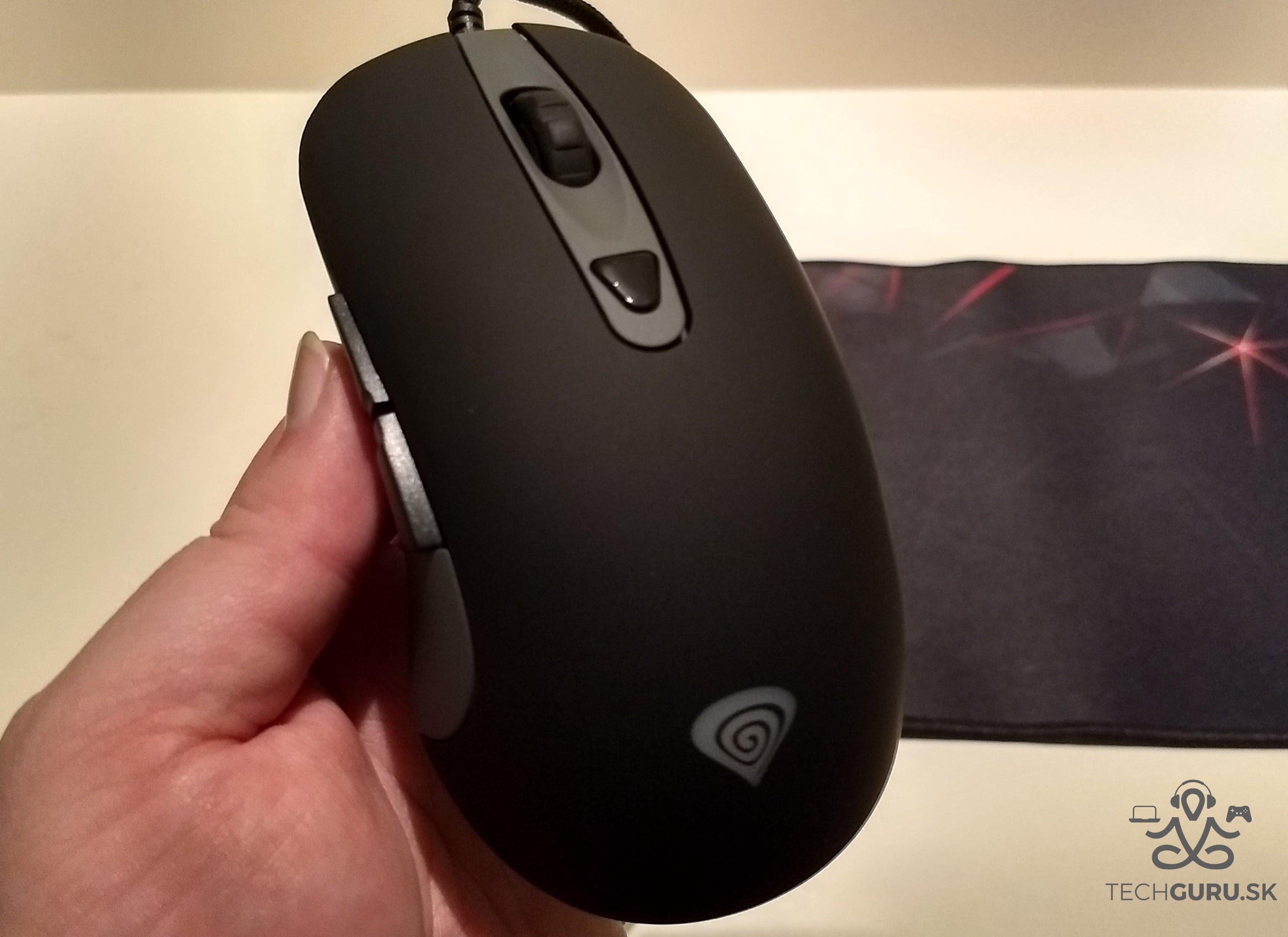 Genesis Cobalt 300 myš 03