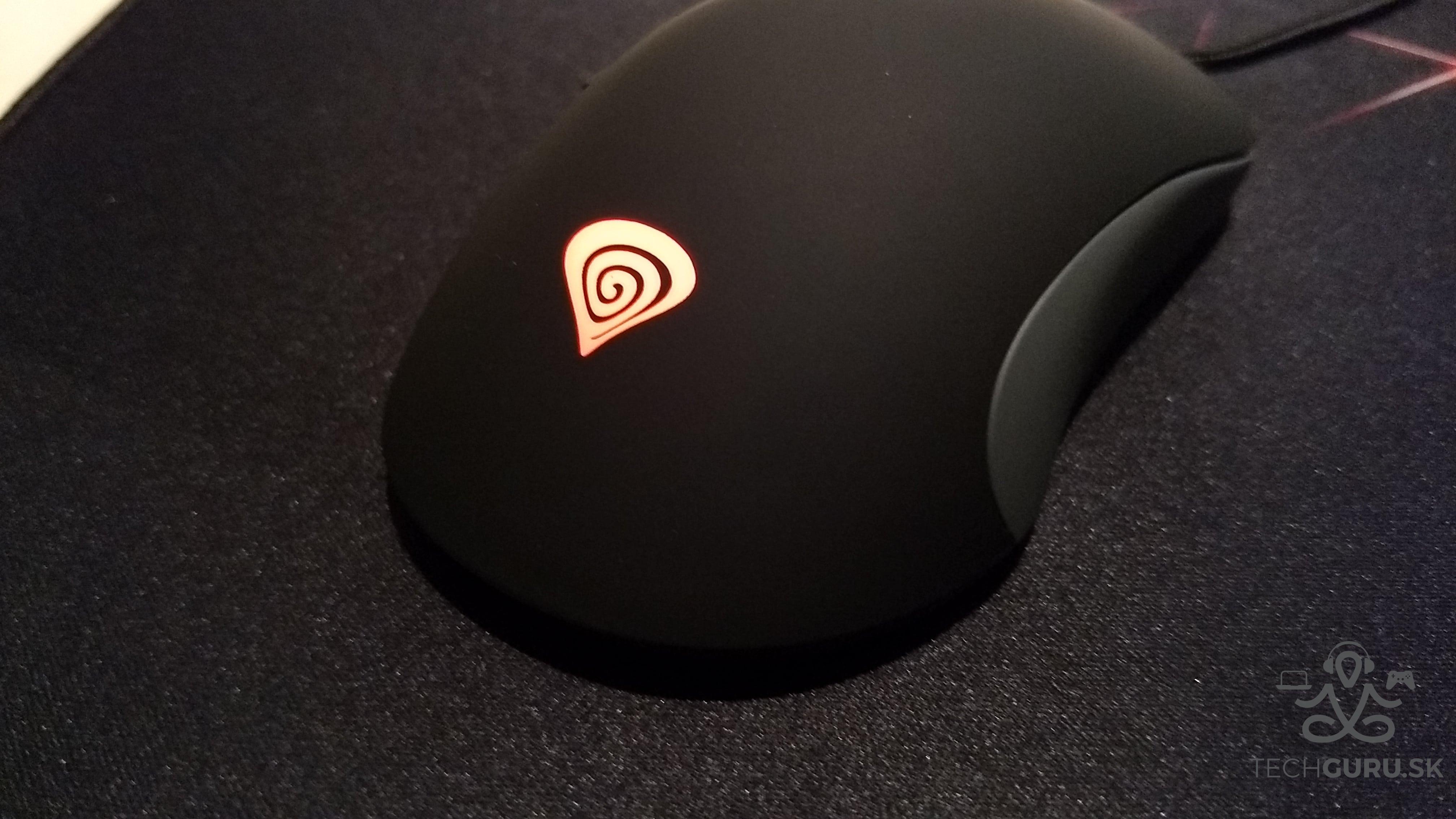 Genesis Cobalt 300 myš 04