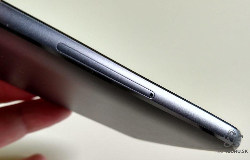 Motorola Moto G5S Plus zásuvka SIM
