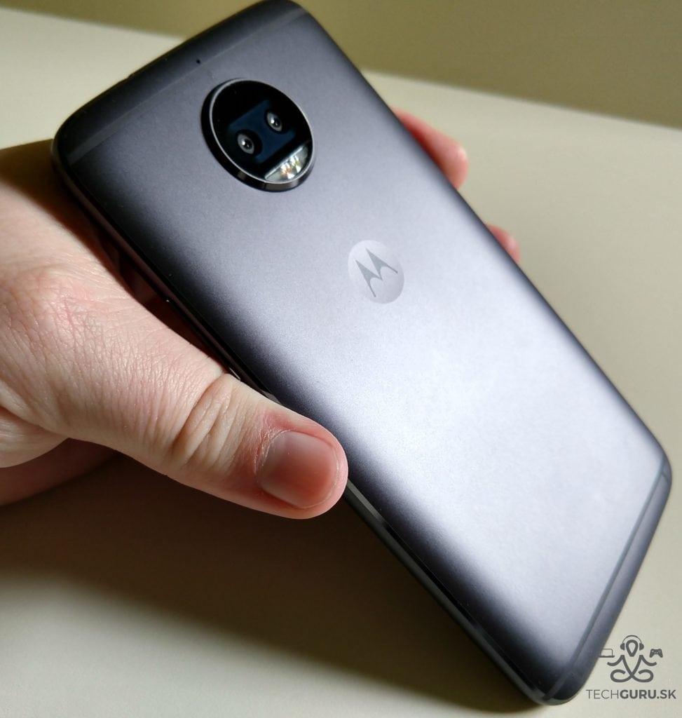 Motorola Moto G5S Plus zadná časť