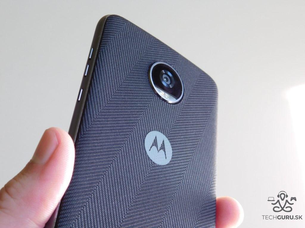Motorola Moto Z2 Play a motomods - s krytom