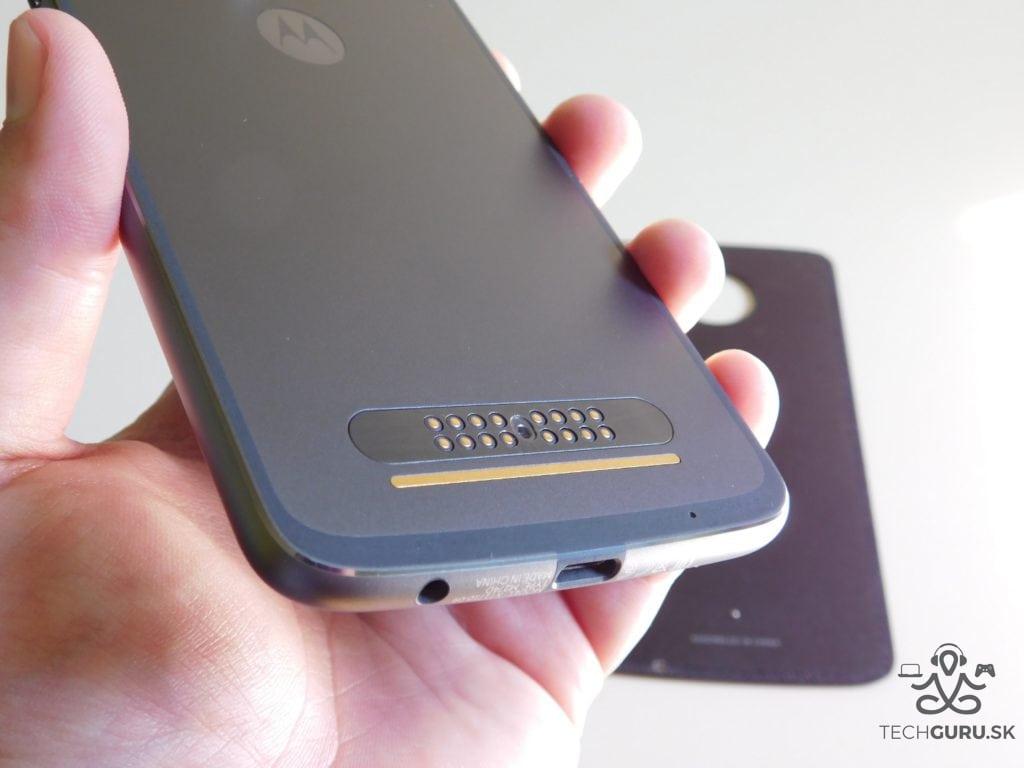 Motorola Moto Z2 Play a motomods - bez krytu 2