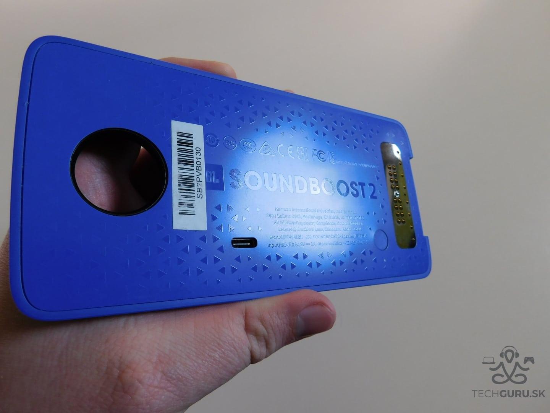 Motorola Moto Z2 Play a motomods - Soundboost 2 03