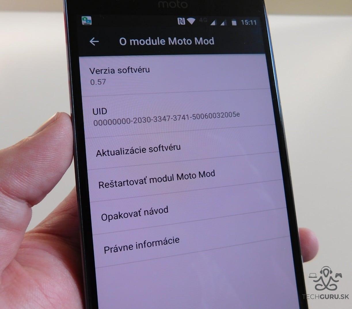 Motorola Moto Z2 Play a motomods - Soundboost 2 02