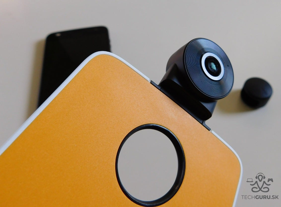 Motorola Moto Z2 Play a motomods 360° camera 01