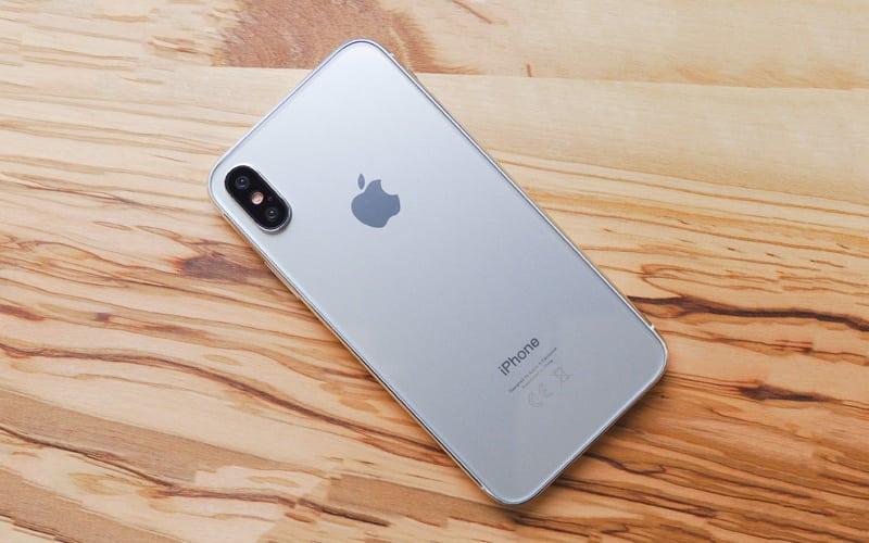 Apple prepustilo 29 ľudí pre únik údajov titulka