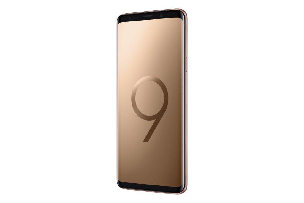 Samsung Galaxy S9+ Sunrise Gold 01