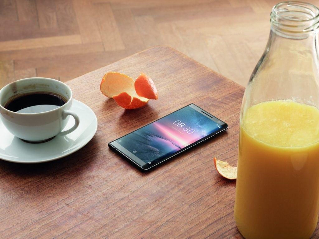 Nokia 8 Sirocco_Table_s