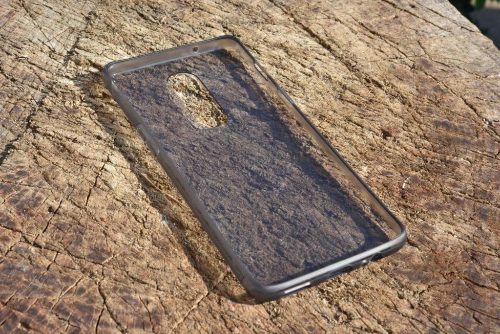 Pribalené priehľadné púzdro OnePlus 6.