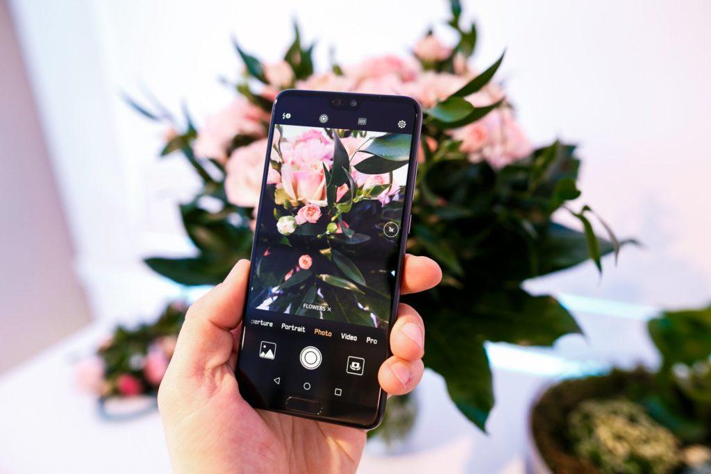 ako pripraviť smartfón na dovolenku