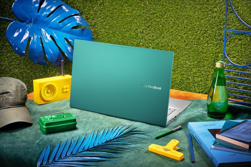 Návrat do školy s notebookmi ASUS VivoBook