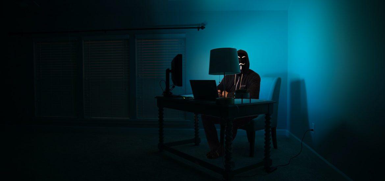 Darknet: kreditky, falošné identity, útok na mobil a FB profil