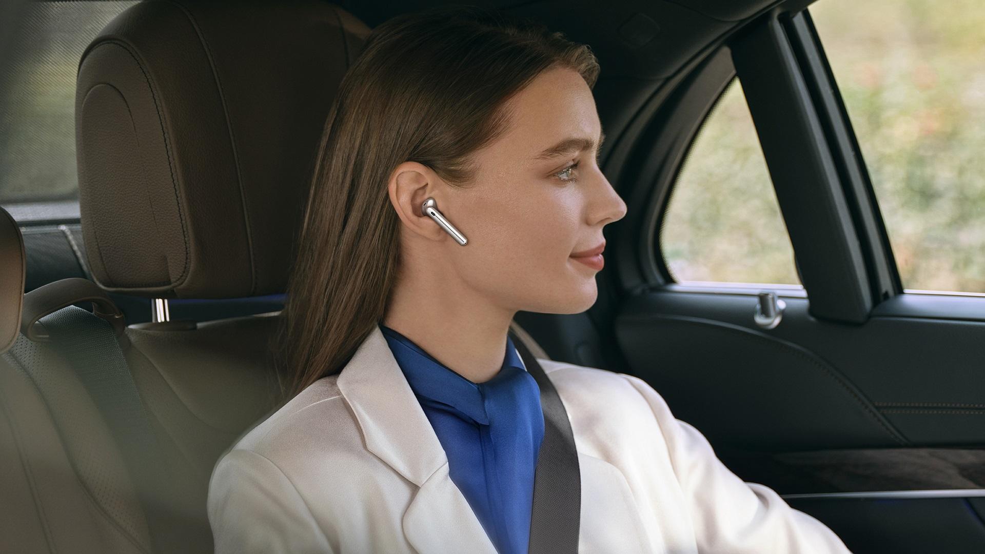 Huawei predstavuje FreeBuds 4 - prvé bezdrôtové slúchadlá s adaptívnym potlačením okolitého hluku