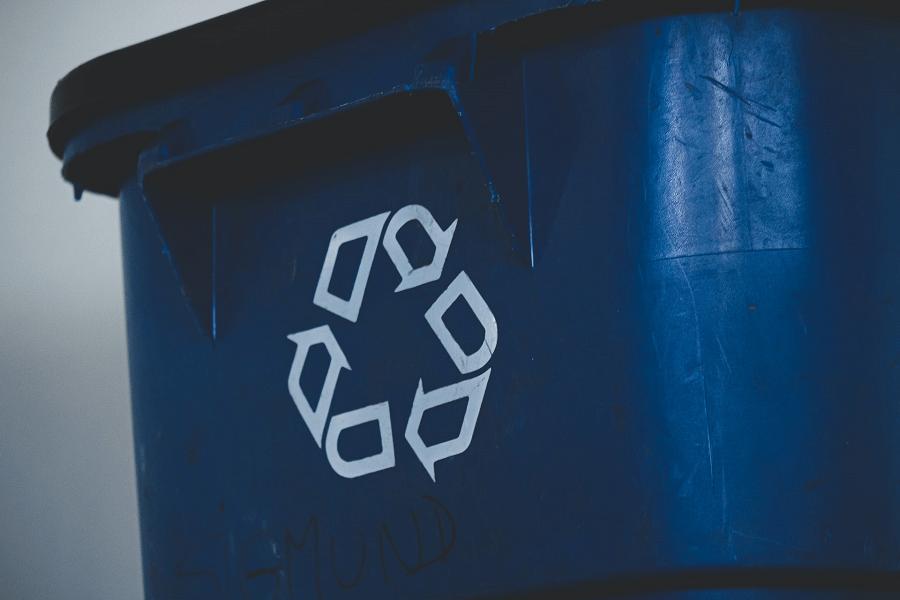 koš na recyklaci