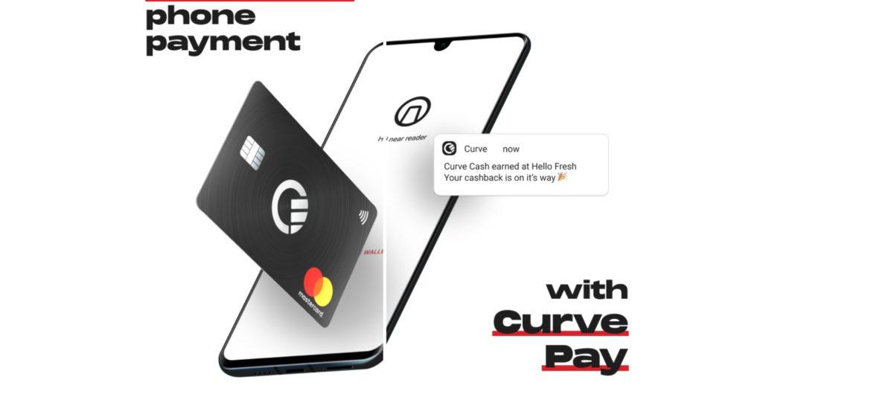 Nezáleží na tom, či používate kartu Visa alebo Mastercard - aplikácia Curve sa postará o to, aby ste mali všetky karty a financie na jednom mieste. Účet si vytvoríte behom niekoľkých minút a všetky karty budete mať v jednej. Curve je teraz dostupná aj pre smartfóny Huawei s HMS (Huawei Mobile Services - Mobilné služby Huawei). Bezkontaktné platby sú v posledných rokoch neodmysliteľnou súčasťou každodenného života. Potreba mať všetky svoje bankové účty na dosah ruky v jednej aplikácii viedla Huawei k vytvoreniu aplikácie Curve. Odteraz môžete bezpečne spravovať svoje financie a dostávať upozornenia o každom pohybe vo vašom bankovníctve. Získajte výhody Nie je nič lepšie, ako míňať peniaze a čerpať z toho benefity v podobe bodov a odmien. Pri využívaní aplikácie Curve získate späť až 1% z uskutočnenej platby. V obchodoch Huawei navyše dostanete 5% cashback zo všetkých nákupov. Ak by sa stalo, že ste zaplatili inou kartou, než ste mali v pláne, môžete to do 14 dní od nákupu jednoducho zmeniť. Ďalším veľkým plusom je tiež možnosť uložiť si do aplikácie všetky zľavové karty vašich obľúbených obchodov, vďaka čomu vám už neuniknú žiadne zľavy a výhody. V zahraničí ako doma Curve poskytuje finančnú slobodu, takže už nebudete musieť čakať dlhé hodiny v radoch v zmenárni a nosiť bankovky po vreckách. K platbe vám postačí iba telefón. Platba v zahraničí bude vďaka nízkym kurzom rovnako výhodná ako doma. Aplikácia Curve vám zároveň umožňuje výbery z akéhokoľvek bankomatu zadarmo. Cestovanie tak bude oveľa jednoduchšie, zábavnejšie a lacnejšie. Čo je aplikácia Curve? S Curve máte možnosť mať všetky platobné aj zľavové karty na jednom mieste. Dokonca vám môže ukázať, kde najviac míňate, takže budete mať svoje hospodárenie s financiami pod kontrolou. Aplikácia vás upozorní na všetky novinky a tým vám umožní udržať si prehľad o nových aktualizáciách, či o dianí na vašom účte. Huawei nova a aplikácia Curve Rad Huawei nova od svojho debutu v roku 2016 ponúka tie najmodernejšie techno
